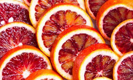 Come más naranja roja