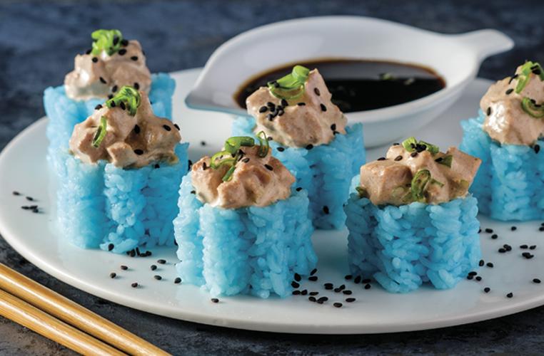 Sushi con atún spicy