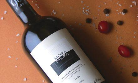Vino Mora Negra