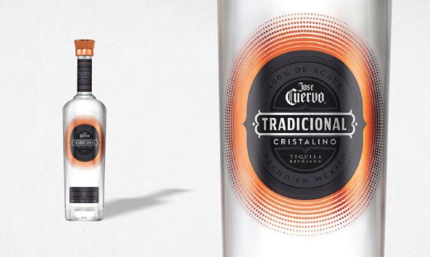 Tequila cristalino Jose Cuervo