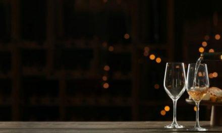 Todo un experto en vinos y maridaje
